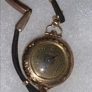 VTG old classic feminine Women's Bristol watch